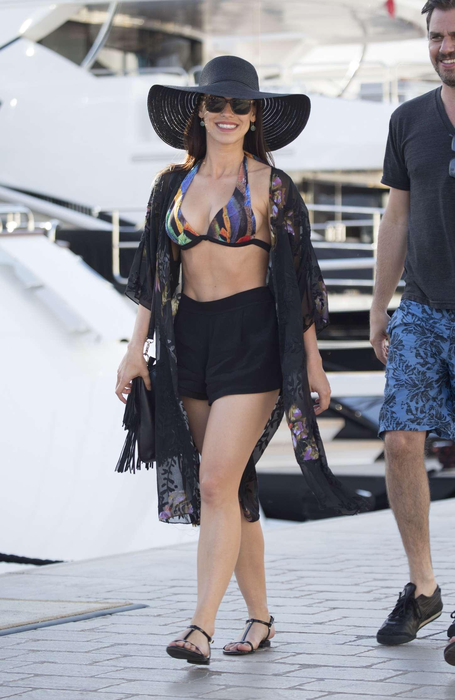 Jessica-Lowndes-in-Bikini-Top--06.jpg