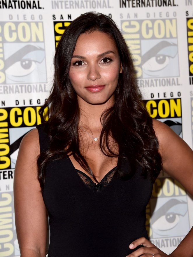 Jessica Lucas – Gotham Panel at Comic-Con
