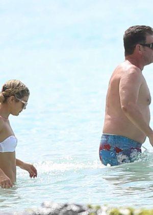 Jessica Rose Moor in Bikini on the beach in Barbados Pic 6 of 35