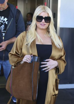 Jessica Simpson - Arriving at LAX Airport in Los Angeles