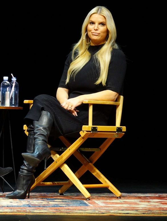Jessica Simpson - 'God Bless You Guys' Book Event in LA