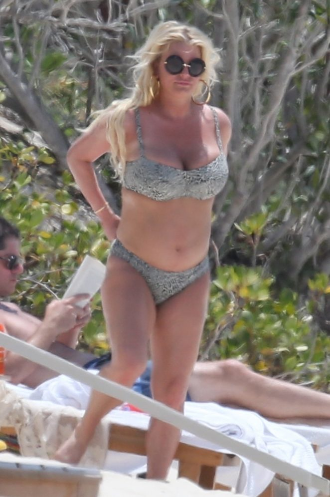 Jessica Simpson in Bikini at the beach in Bahamas