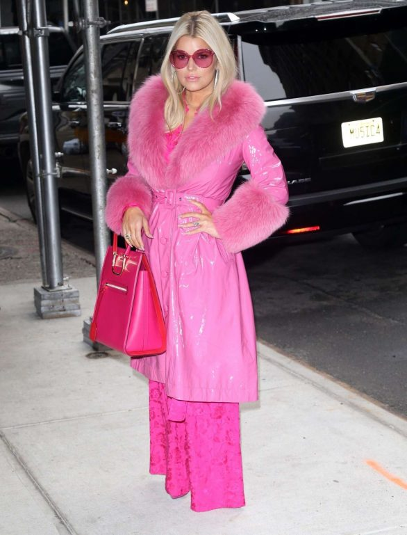 Jessica Simpson in Pink Outfit at BuzzFeed in New York