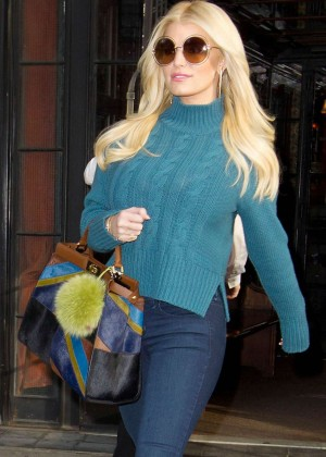 Jessica Simpson - Leaving Downtown Hotel in NYC