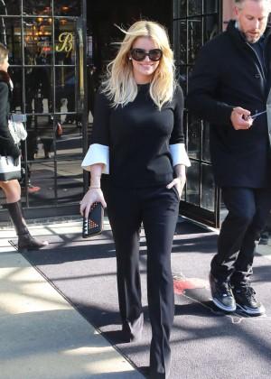 Jessica Simpson out in LA -02