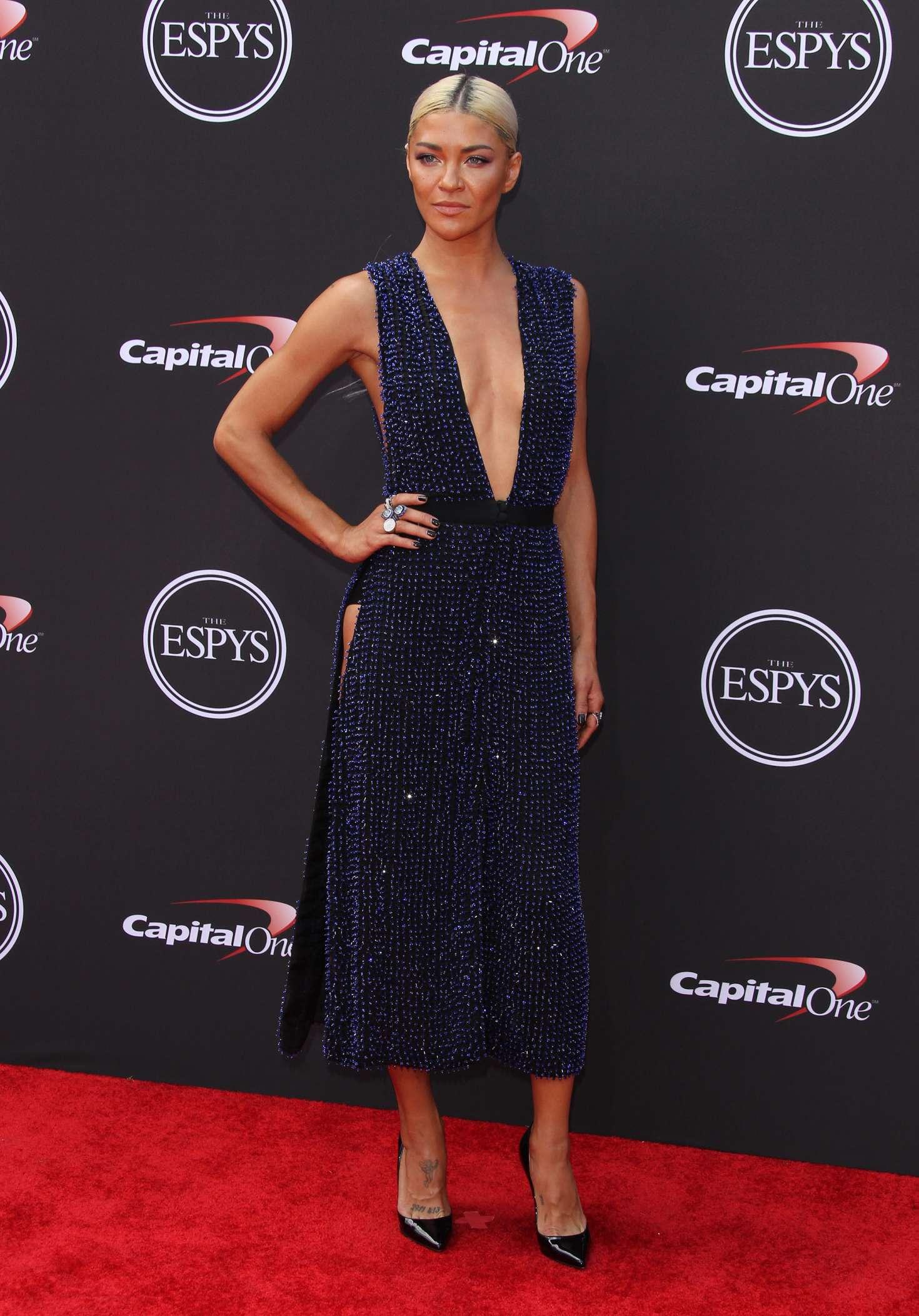 Vanessa Hudgens >> Jessica Szohr - 2018 ESPY Awards in Los Angeles