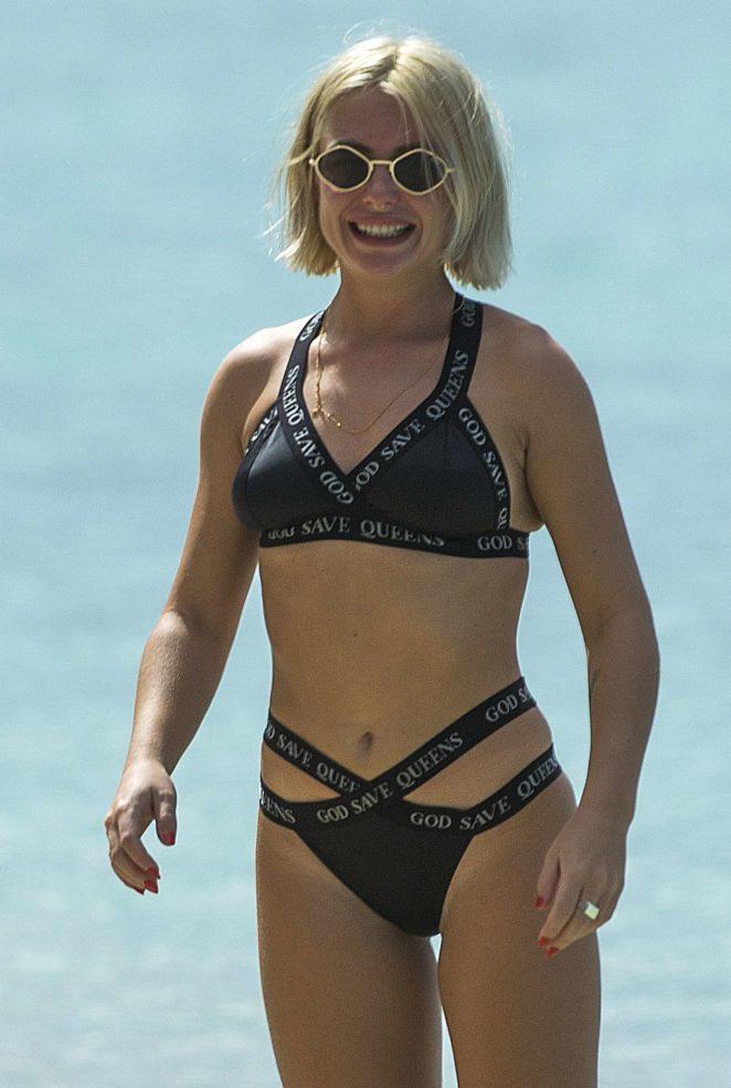 Jessica Woodley in Black Bikini 2017 -14