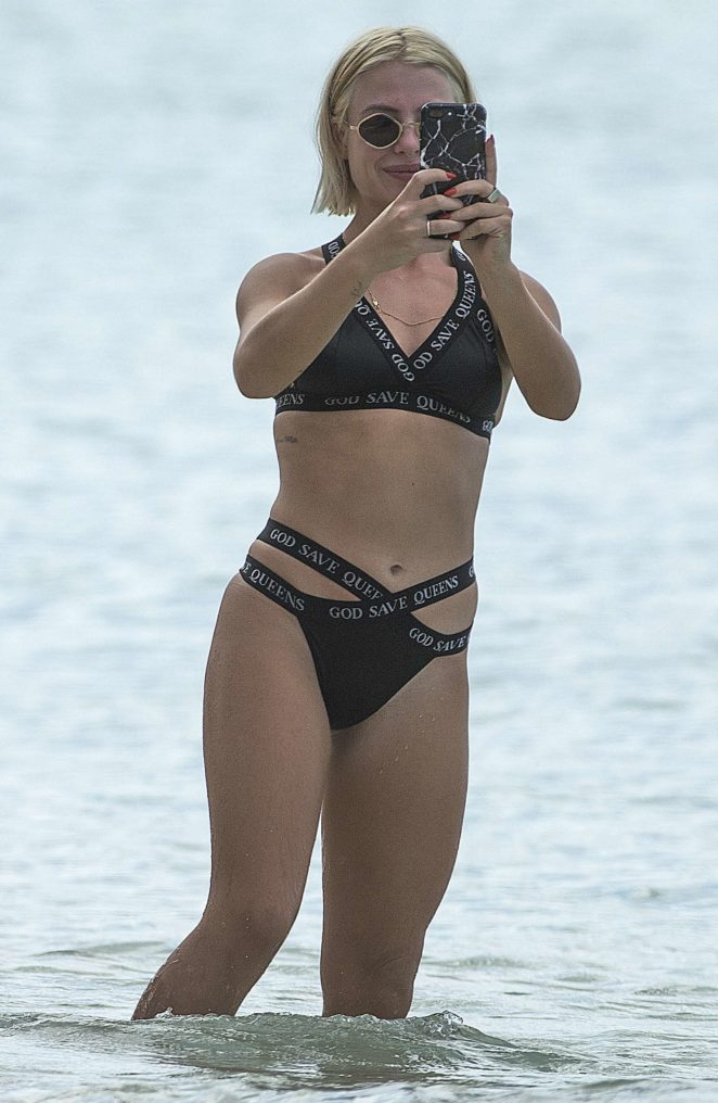 Jessica Woodley in Black Bikini 2017 -32