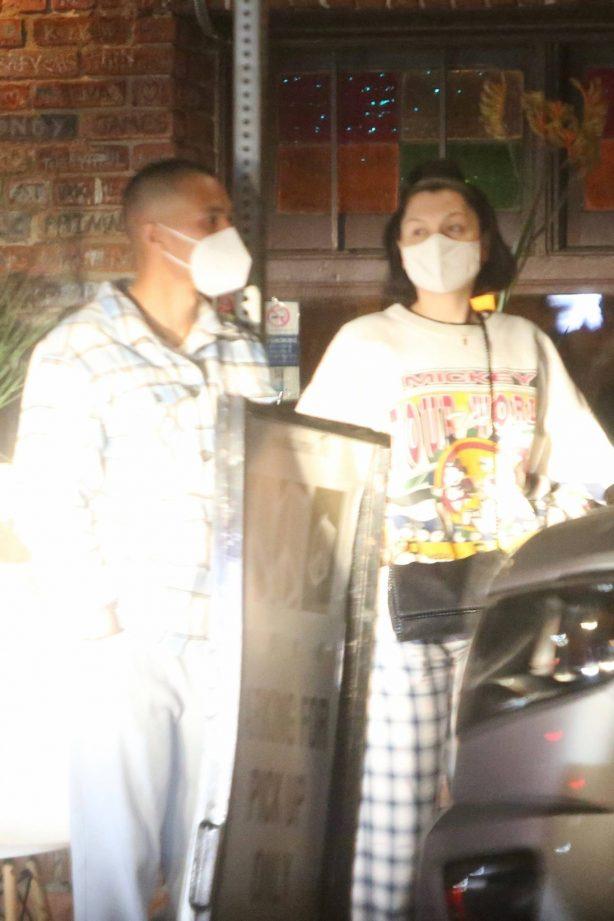 Jessie J - dinner date in Los Feliz