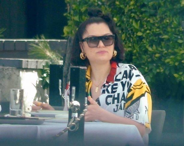 Jessie J - Lunch at Crossroads Kitchen in West Hollywood