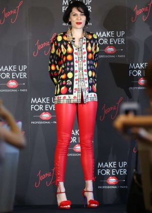 Jessie J - Make Up Forever Photocall in Tokyo