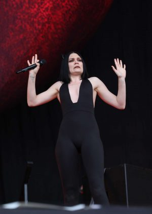 Jessie J - Performs at the Isle of Wight festival in Newport