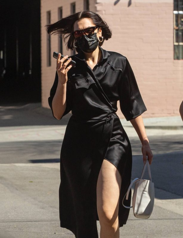 Jessie J - Seen at Guitar Center in Los Angeles