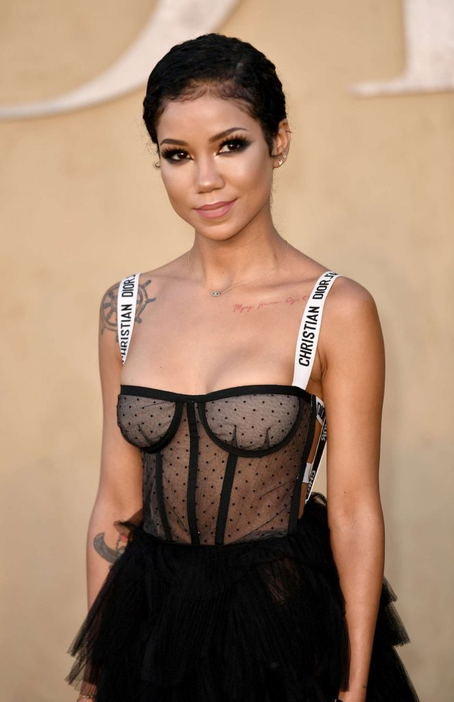 http://www.gotceleb.com/wp-content/uploads/photos/jhene-aiko/dior-cruise-collection-2018-show-in-los-angeles/Jhene-Aiko%C2%A0-%C2%A0Dior-Cruise-Collection-2018-Show--21-662x1023.jpg Jhene Aiko 2017 Photoshoot