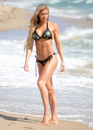 Jill Bunny in Bikini in Miami