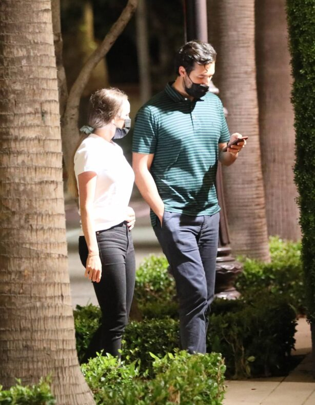 Jinger Duggar - Pictured at The Grove in Los Angeles