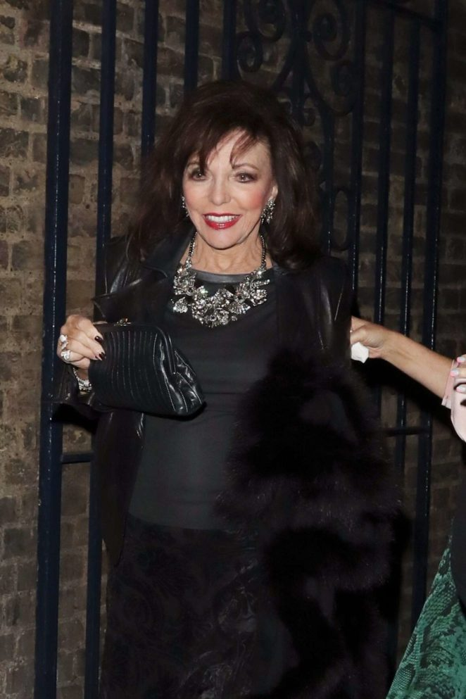Joan Collins - Leaving the Garrick theatre in London