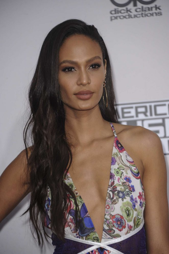 Joan Smalls - 2016 American Music Awards in Los Angeles
