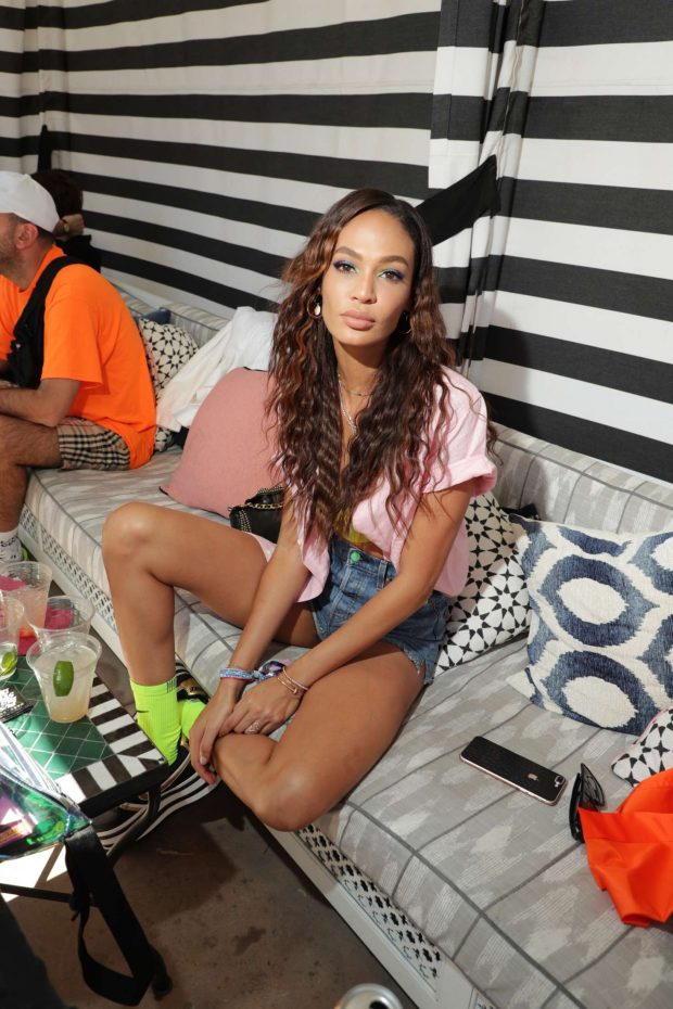 Joan Smalls - Levi's Party in Desert