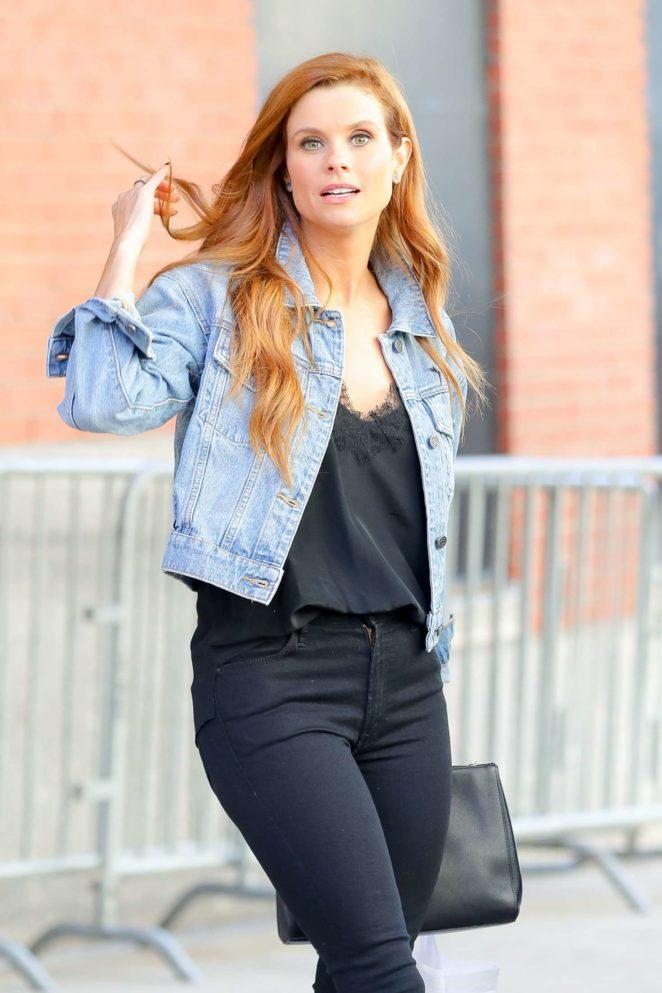 JoAnna Garcia Leaving Harry in New York City