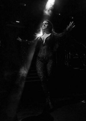Joanna Jojo Levesque - Performs at KOKO in Camden