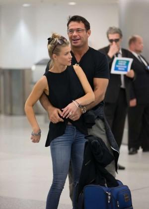 Joanna Krupa - Arrives at Miami Airport