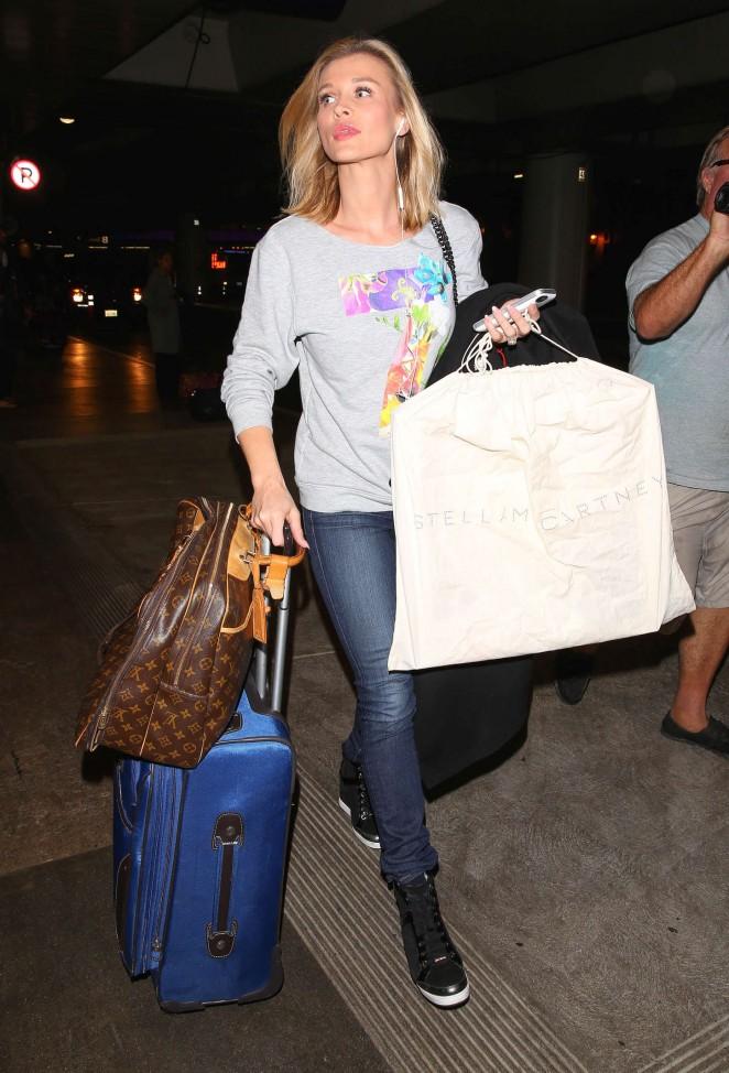 Joanna Krupa – Arriving at LAX Airport in LA