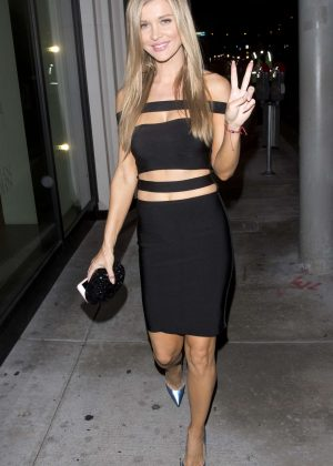 Joanna Krupa celebrate her 38th birthday at 'Catch' Restaurant in West Hollywood