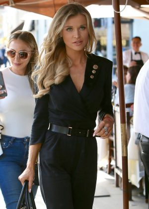 Joanna Krupa - Out for lunch in Beverly Hills