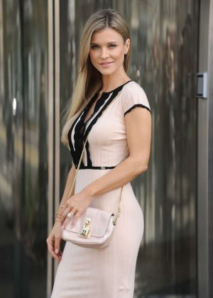 Joanna Krupa Out in Warsaw