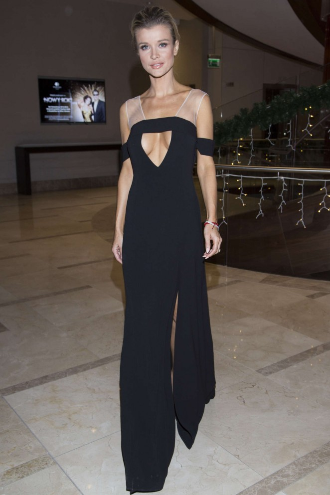 Joanna Krupa: Polish Premiere of new Renault cars -17