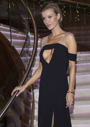 Joanna Krupa - Polish Premiere of new Renault cars in Warsaw