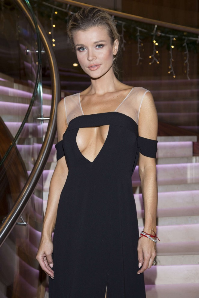 Joanna Krupa: Polish Premiere of new Renault cars -30