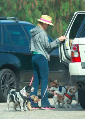 Joanna Krupa - Seen at the dog park in Los Angeles