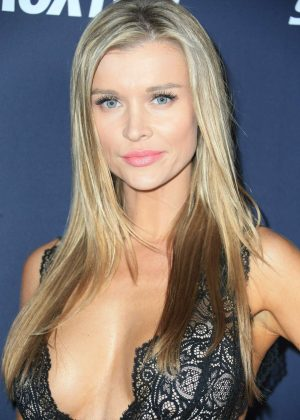 Joanna Krupa - Star Magazine's Hollywood Rocks Event in LA