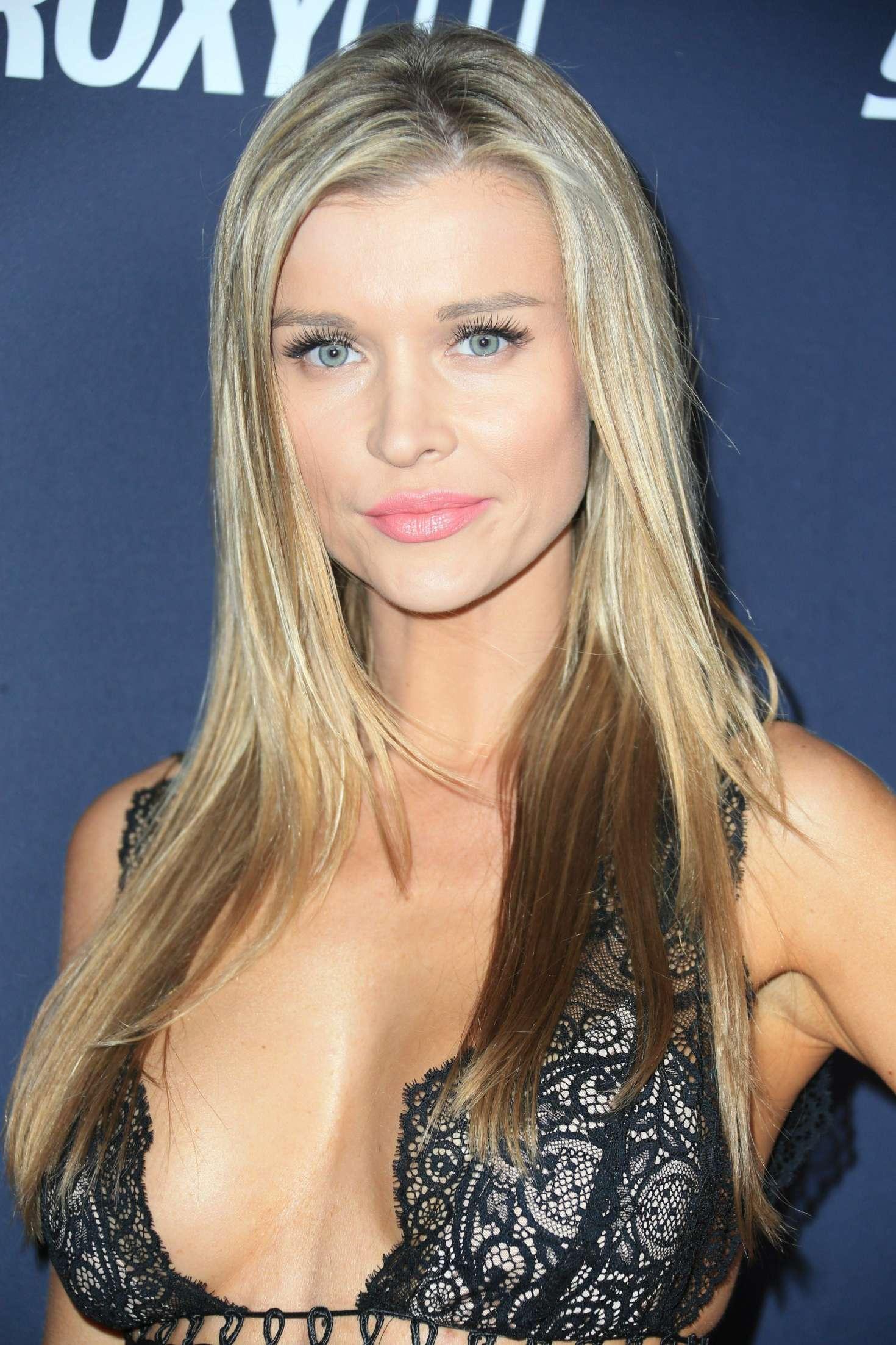 Joanna Krupa - Star Magazine's Hollywood Rocks Event in LA