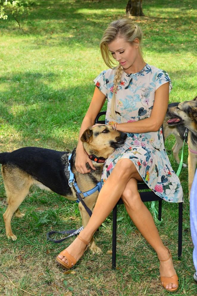 Joanna Krupa - Walking her dogs in Warsaw