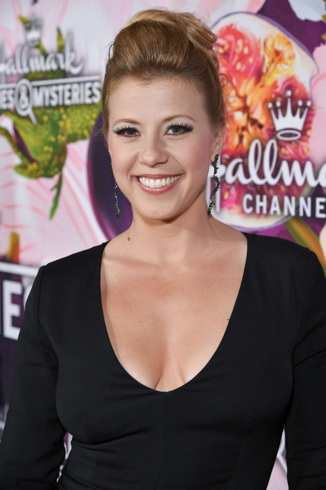 Jodie Sweetin - 2018 Hallmark Channel All-Star Party at TCA Winter Press Tour in LA