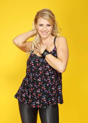 Jodie Sweetin: Backstage Portrait Studio at 102 7 KIIS FMs 2016 -01