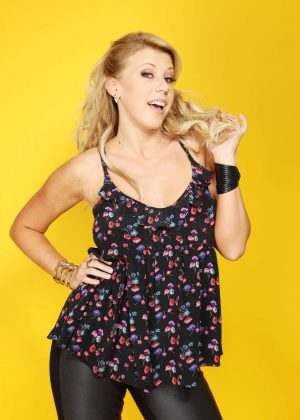 Jodie Sweetin: Backstage Portrait Studio at 102 7 KIIS FMs 2016 -07