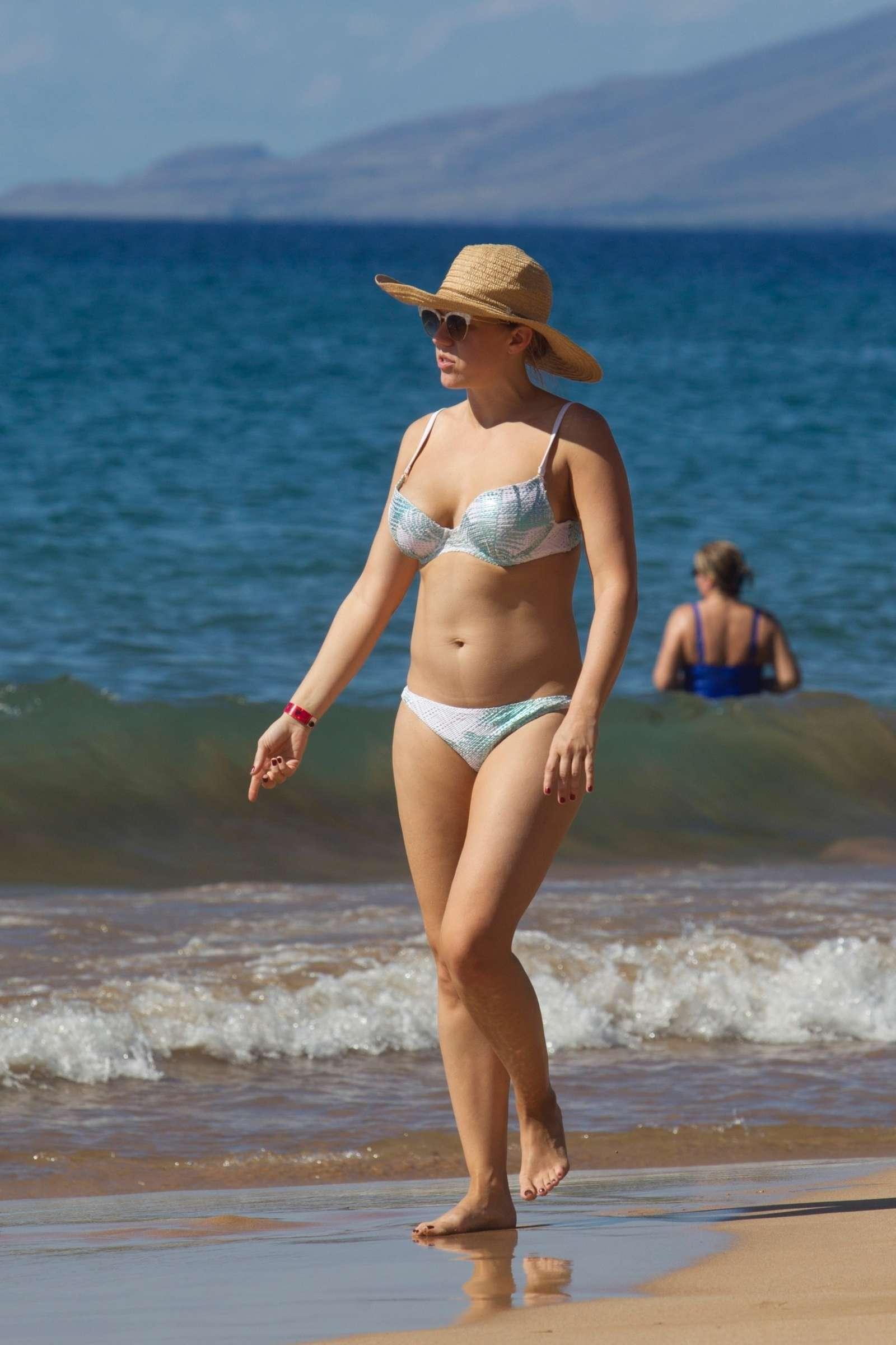 Jodie Sweetin 2017 : Jodie Sweetin in Bikini 2017 -11