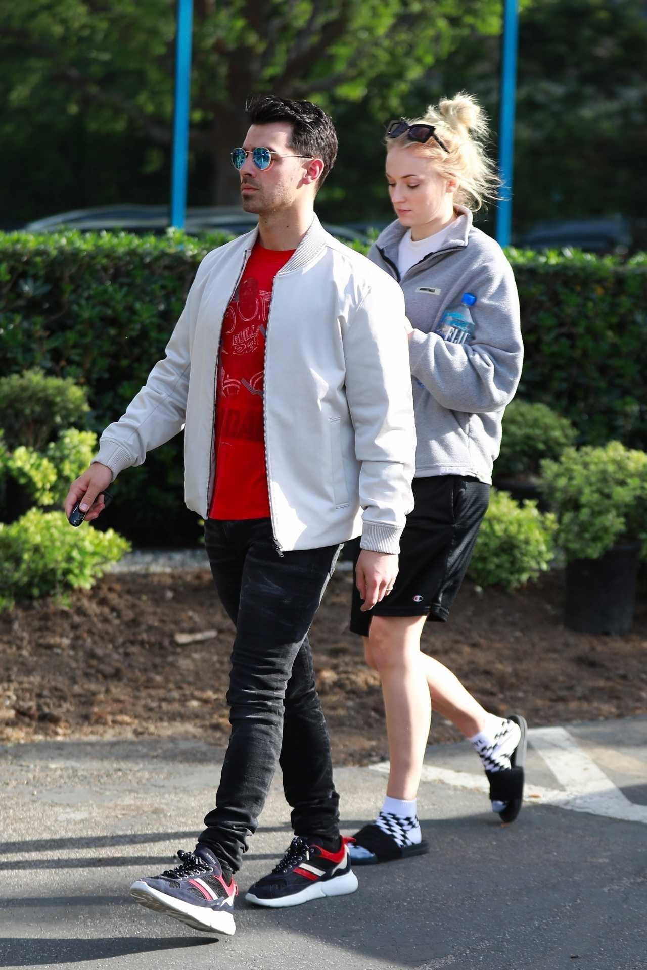 Sophie Turner 2020 : Joe Jonas with Sophie Turner – Seen out in Los Angeles-03