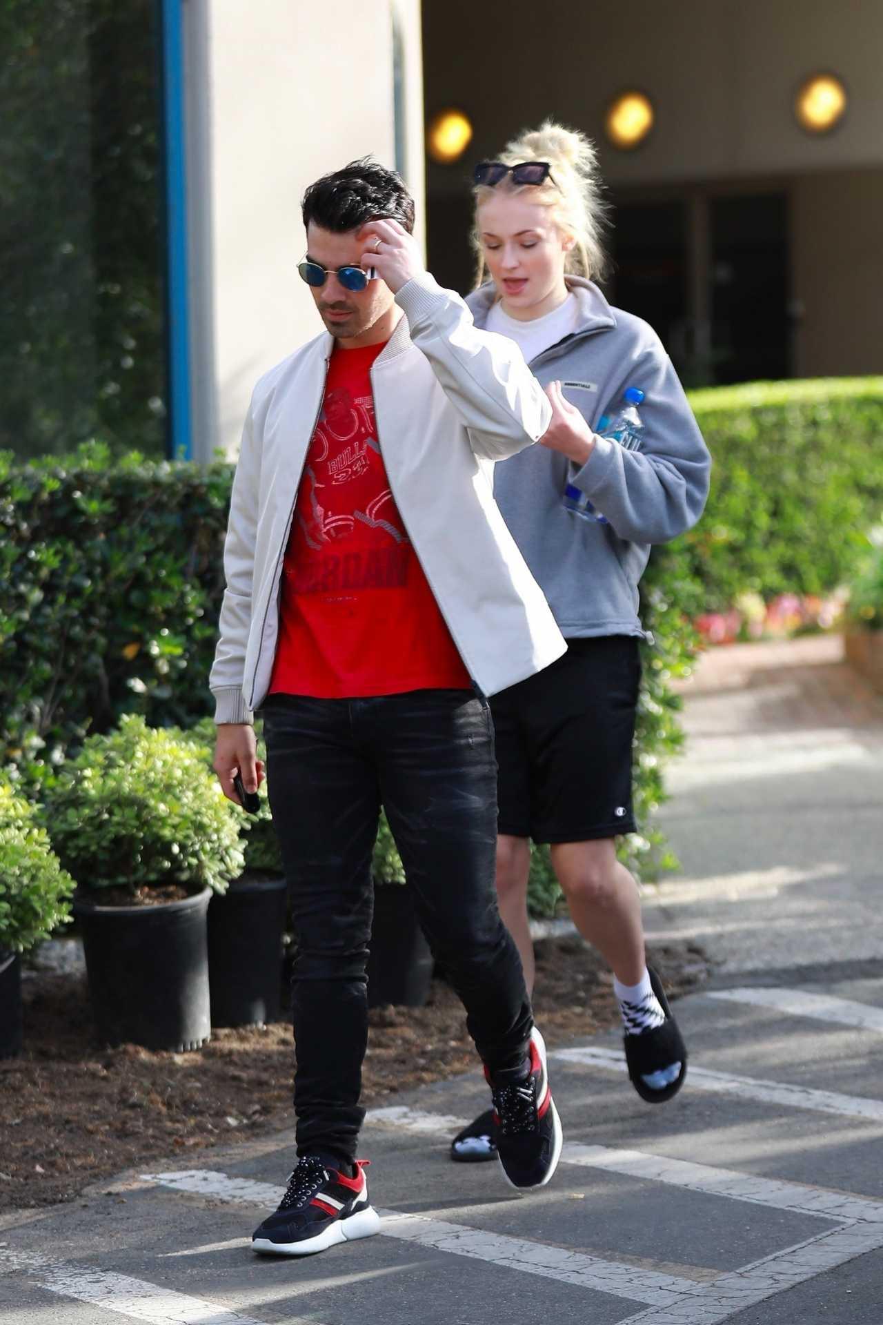 Sophie Turner 2020 : Joe Jonas with Sophie Turner – Seen out in Los Angeles-05