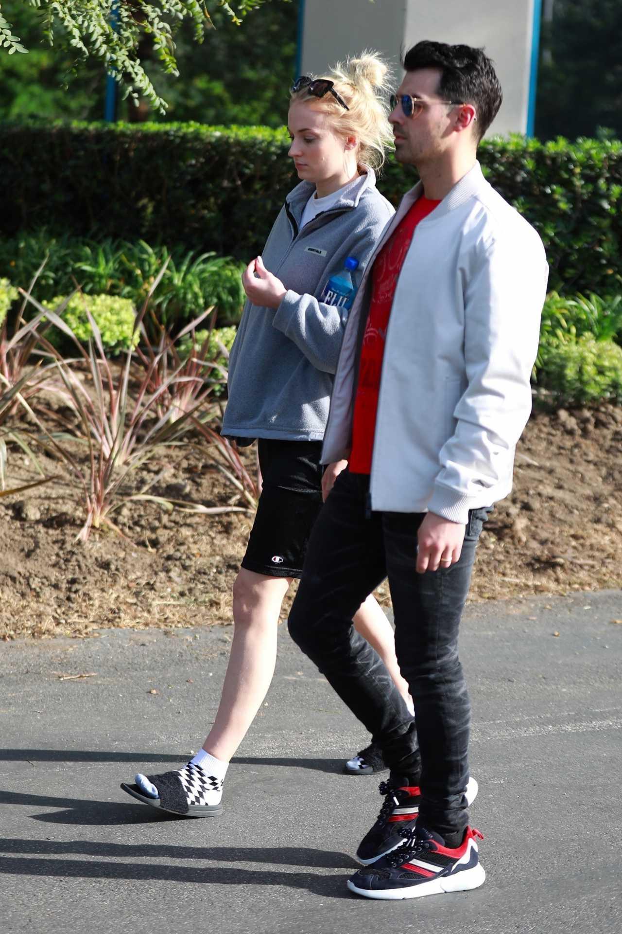 Sophie Turner 2020 : Joe Jonas with Sophie Turner – Seen out in Los Angeles-13