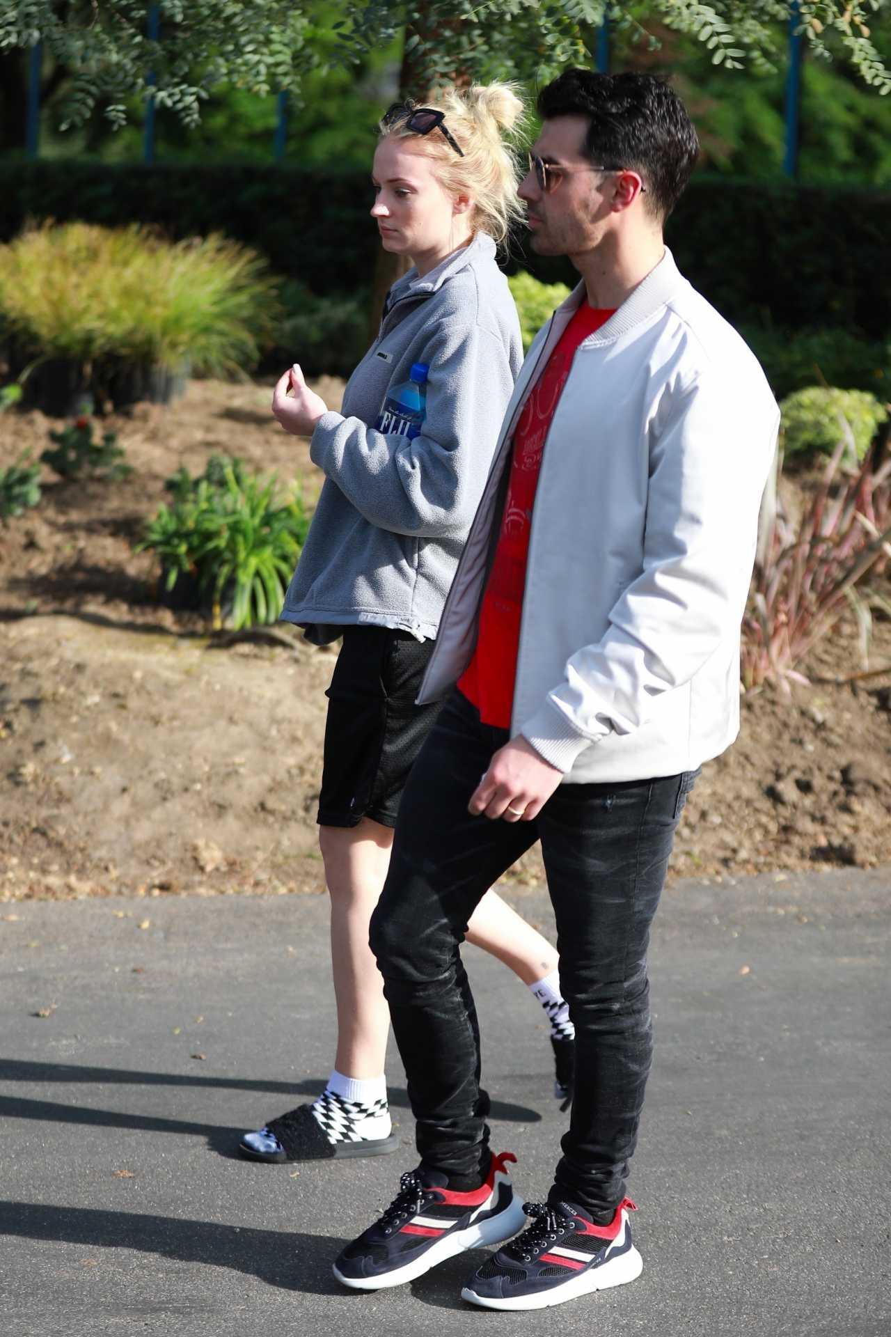 Sophie Turner 2020 : Joe Jonas with Sophie Turner – Seen out in Los Angeles-20