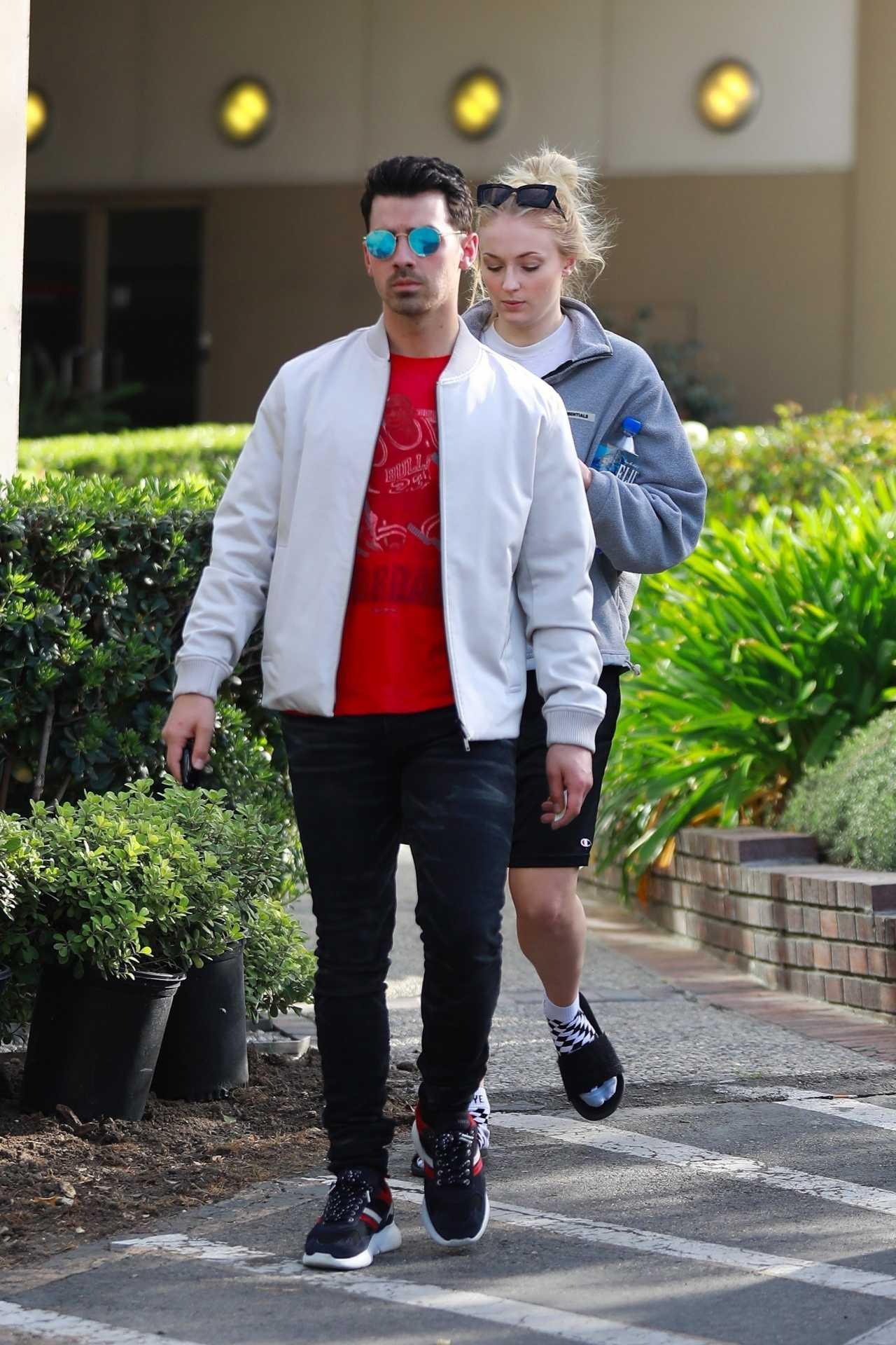 Sophie Turner 2020 : Joe Jonas with Sophie Turner – Seen out in Los Angeles-21