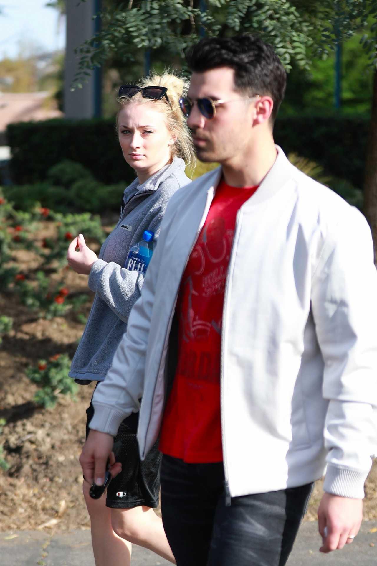 Sophie Turner 2020 : Joe Jonas with Sophie Turner – Seen out in Los Angeles-24
