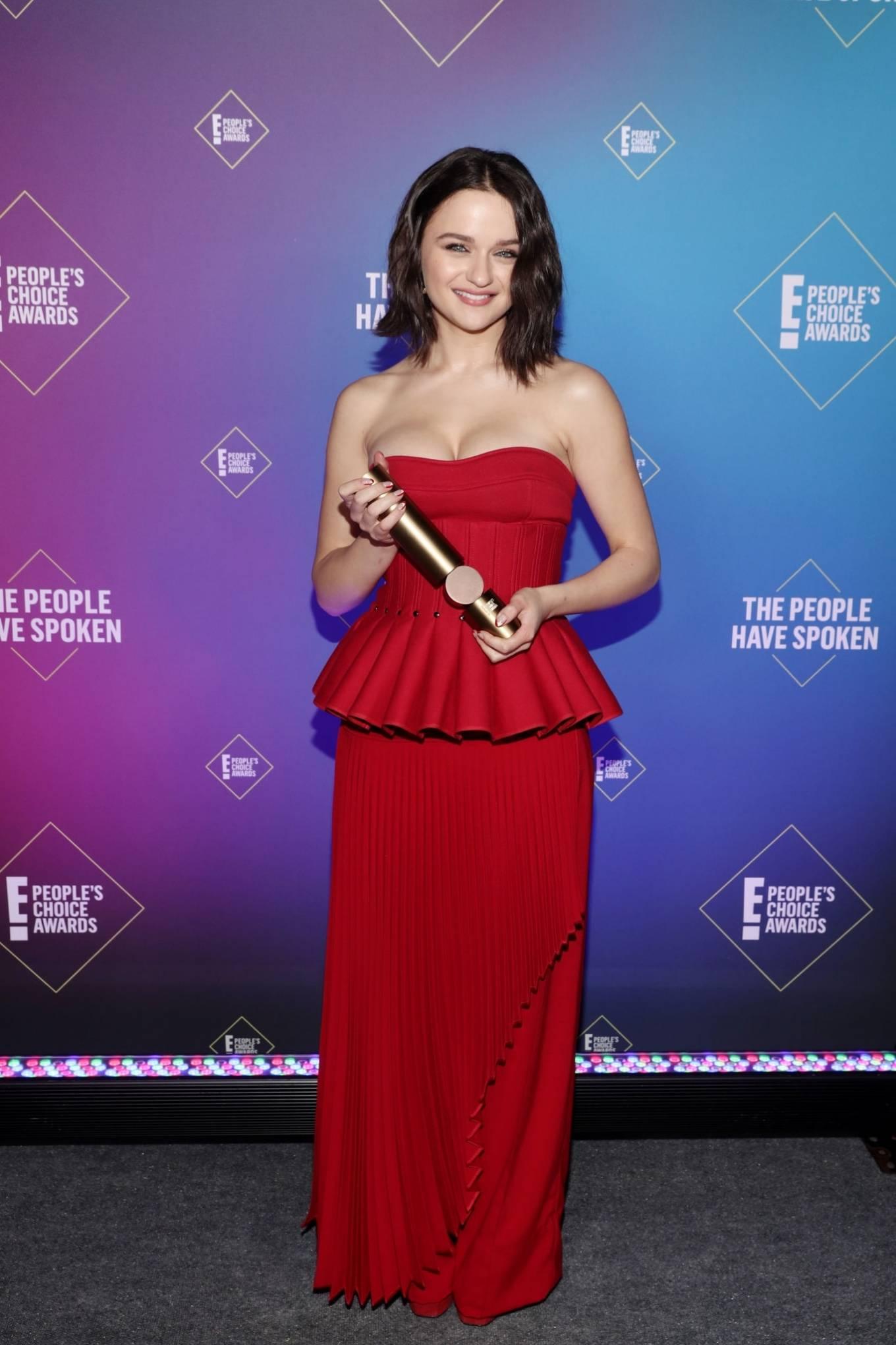 Joey King - 2020 E! People's Choice Awards in Santa Monica