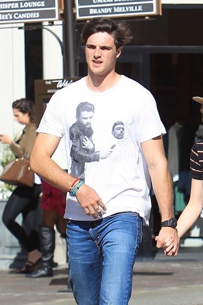 Joey King with Jacob Elordi: Shopping at The Grove -04