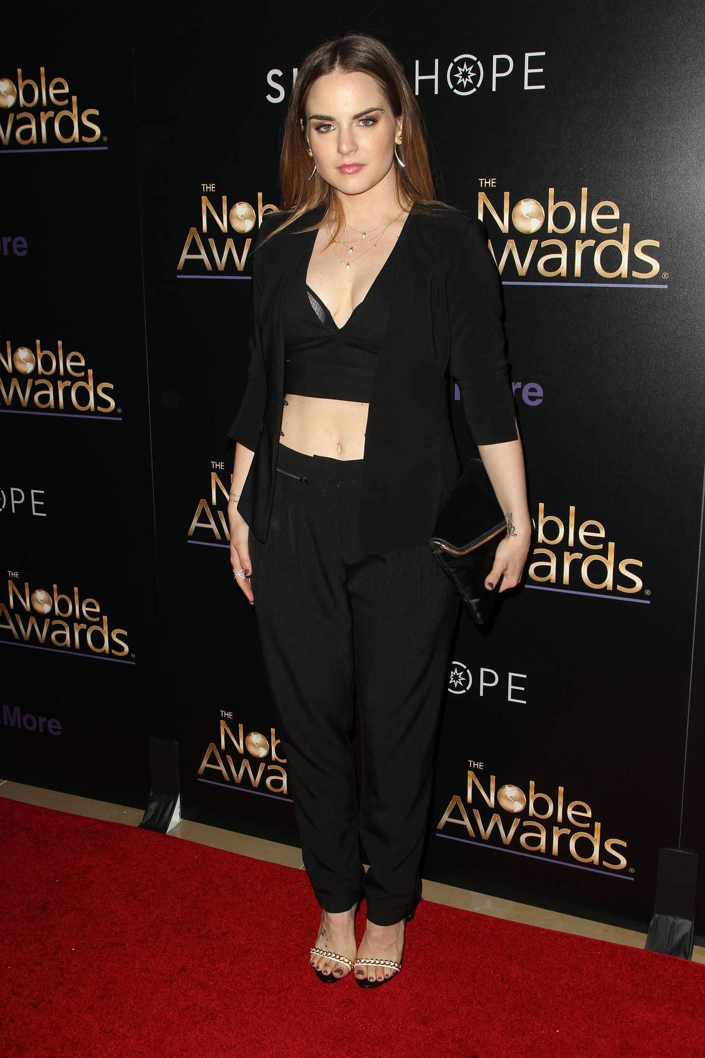 JoJo Levesque 2015 : JoJo Levesque: 2015 Noble Awards -15